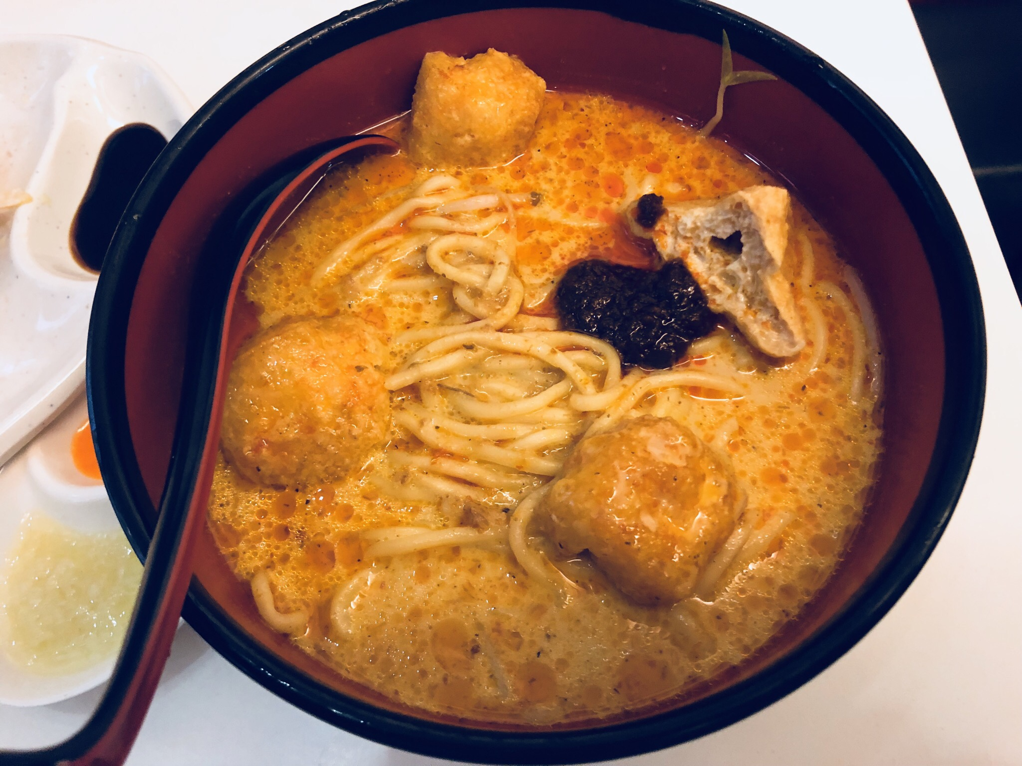 Hainan Chicken Laksa