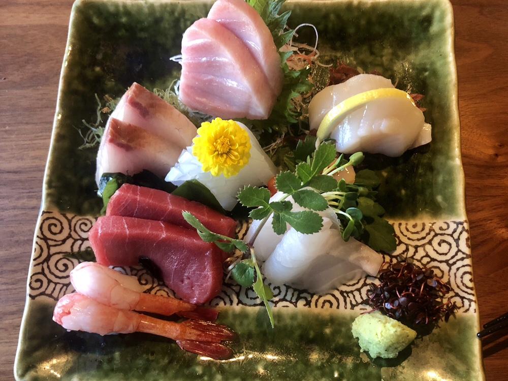 Xuan Sushi Sashimi